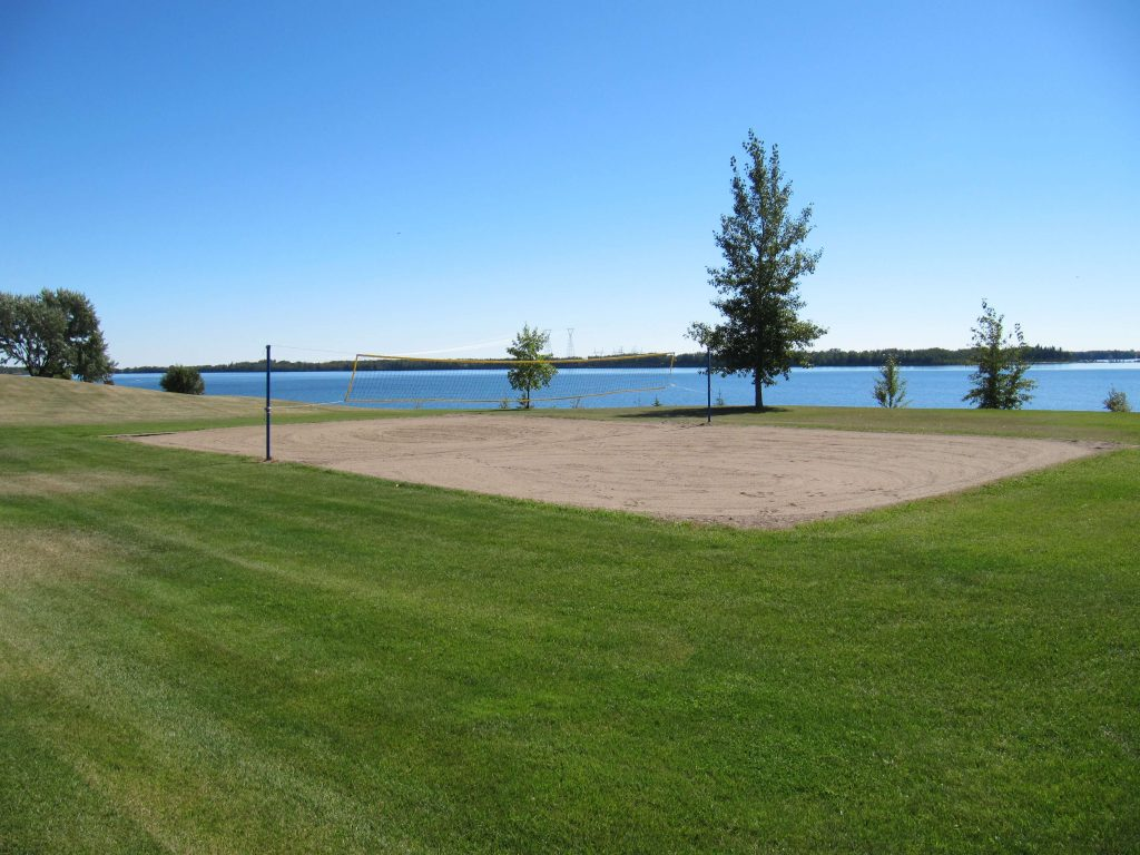 Gleniffer-Lake-A-Snowbirds-Paradise