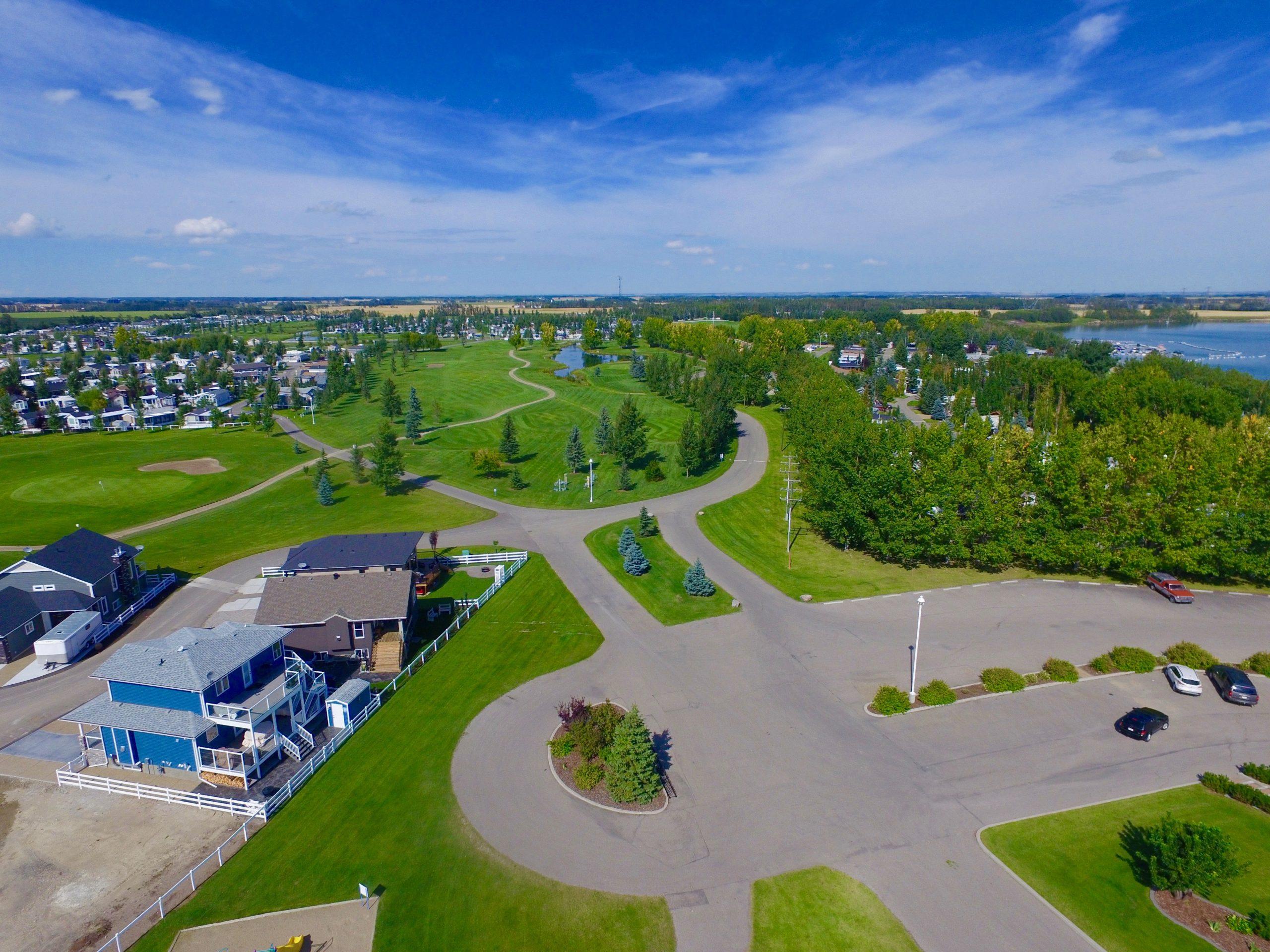 What Gleniffer Lake Resort Has to Offer - Paradise Realty Gleniffer Lake - Lake Properties Alberta - Featured Image