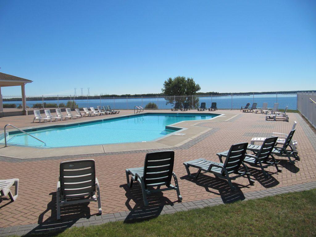 Gleniffer Lake – A Family-Friendly Oasis – Gleniffer Lake – Lake Properties – Featured Image
